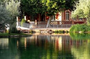 Lago termal para 2 en el balneario Termas Pallarés